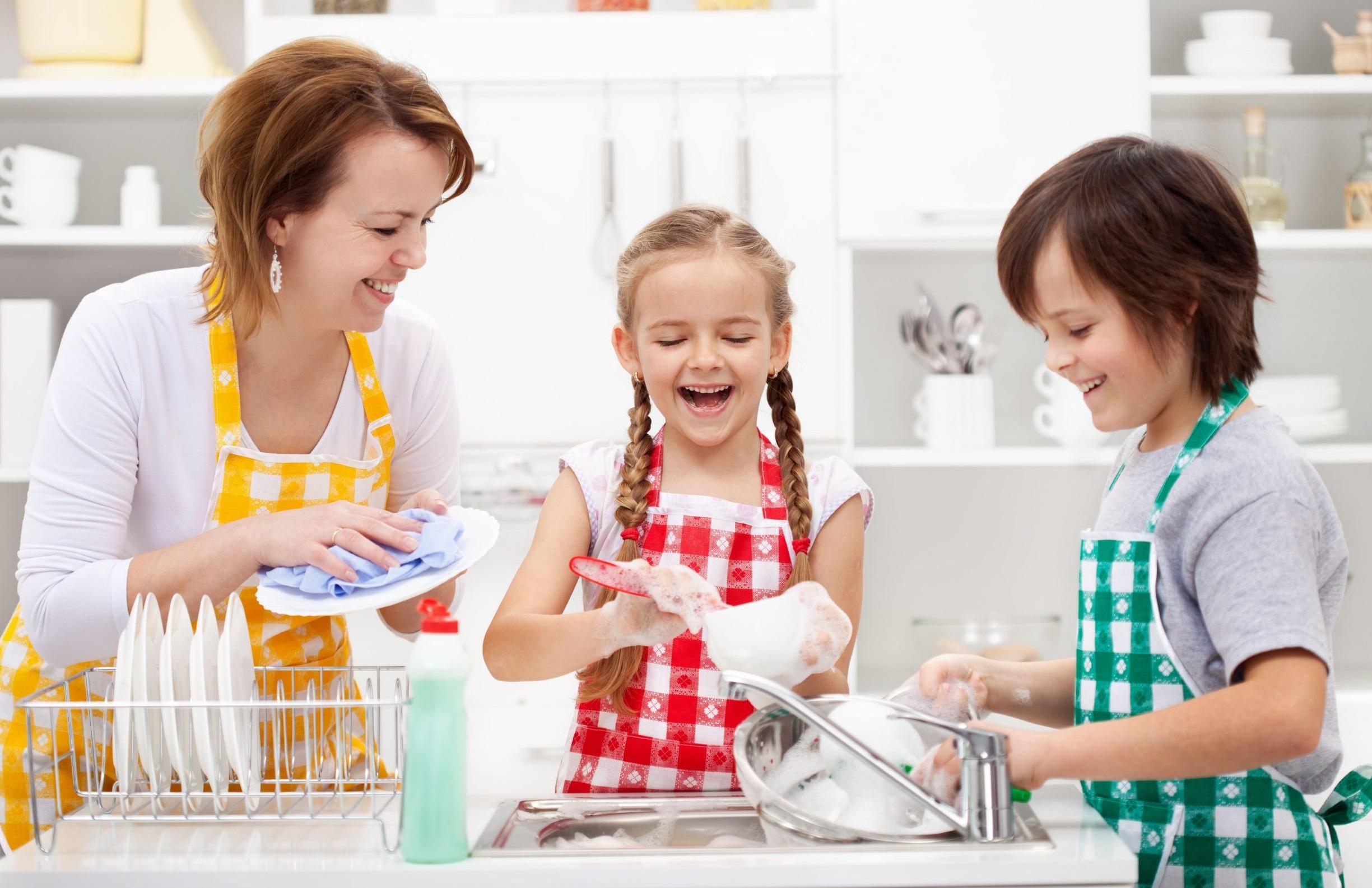 Должны ли дети помогать родителям?